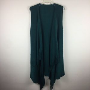 Other - Green fringe sleeveless cardigan shawl duster